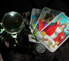 Online Tarot Readings and Live Psychic Chat