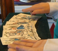Understanding the Basic Basics of a Free Clairvoyant Reading